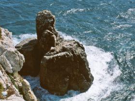 cabo-de-Sao-Vicente,-Felskap-60m-aeusserster-Punkt